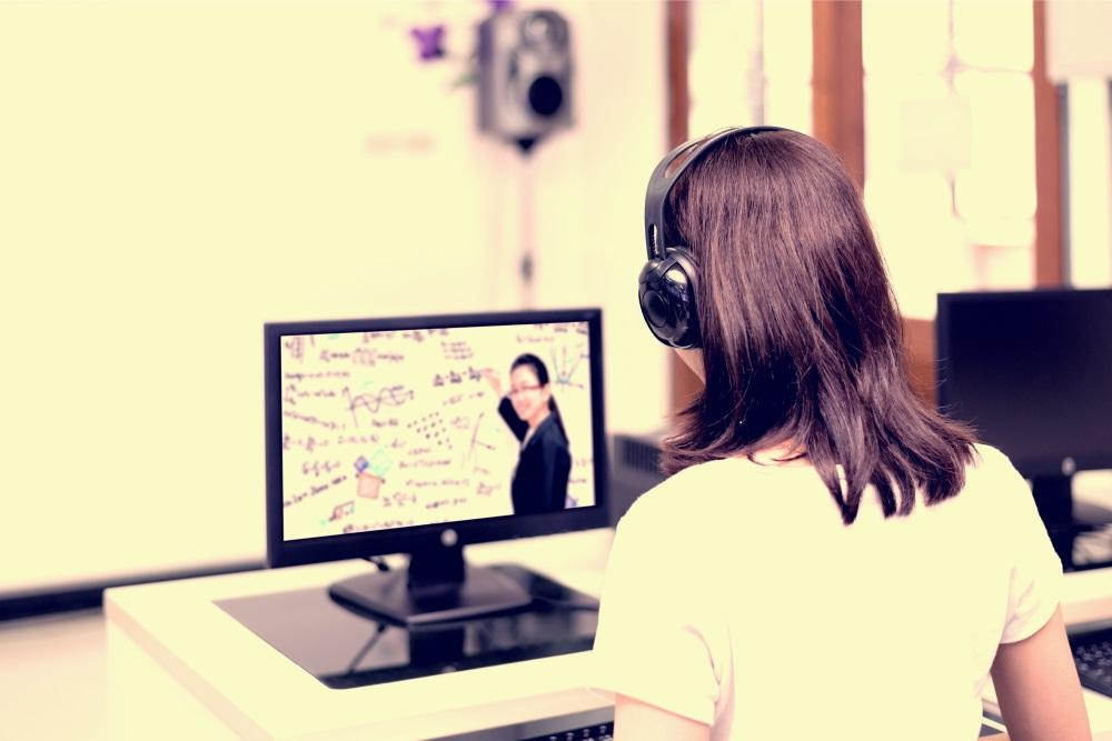 Cinema8 Blog - E-Öğrenmede İnteraktif Video Kullanmanın Faydaları